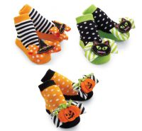 Pumpkin, Cat, or Witches Hat Halloween Socks Mud Pie